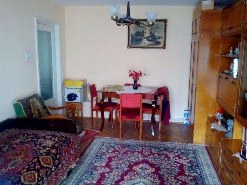 Apartment 3 rooms for  sell in Cluj Napoca, Manastur ID 4213